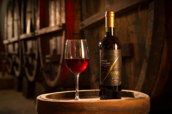 Vino rosso IGT Toscano dei monti albani Quarrata